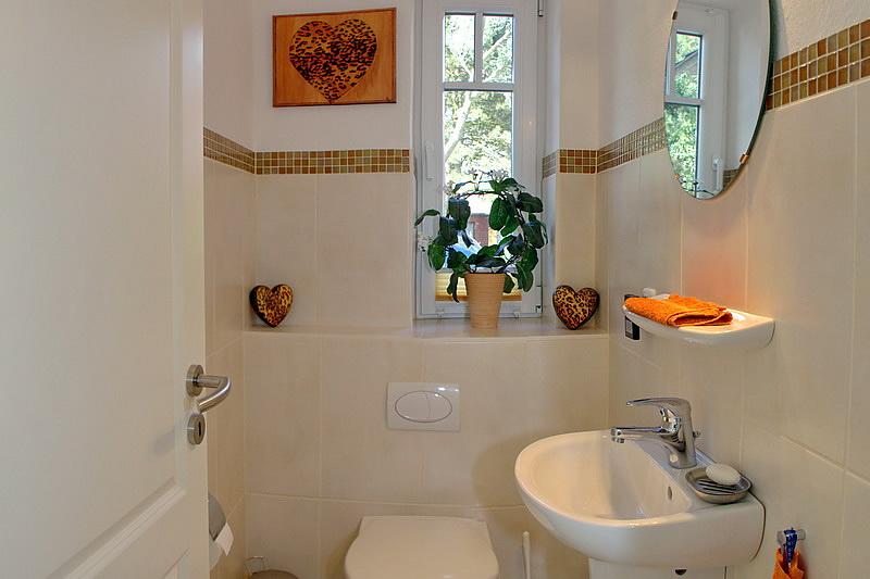 3 zimmer ferienwohnung f r 6 personen in list ferienwohnung sylt. Black Bedroom Furniture Sets. Home Design Ideas